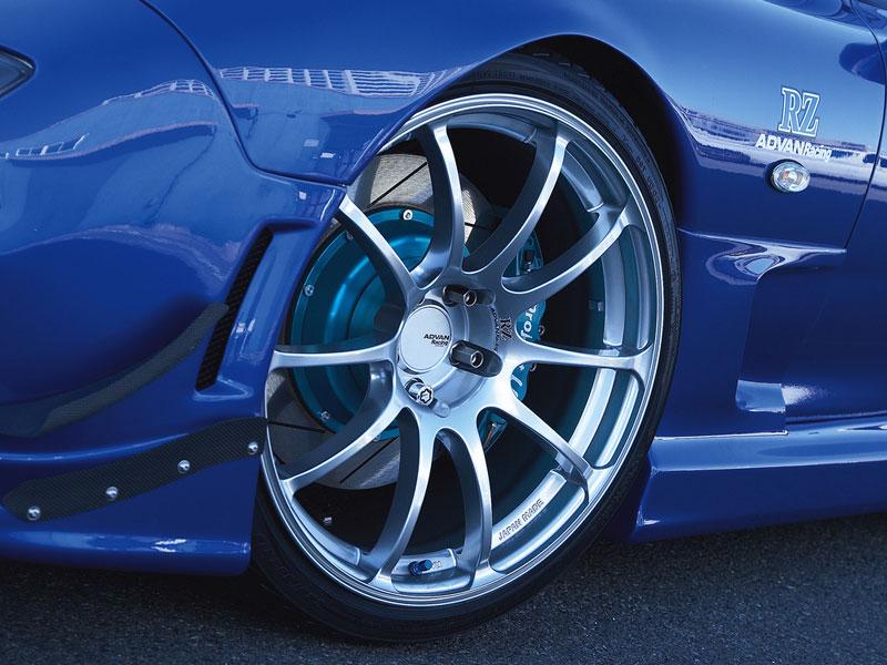 Advan RZ wheel on a Mazda RX-7 FD3S