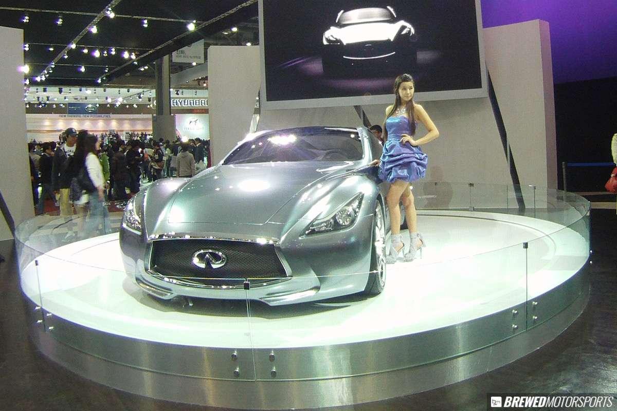 Nissan Infiniti Essence concept at 2011 Seoul Motor Show