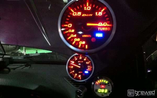 Defi gauges in Nissan S15